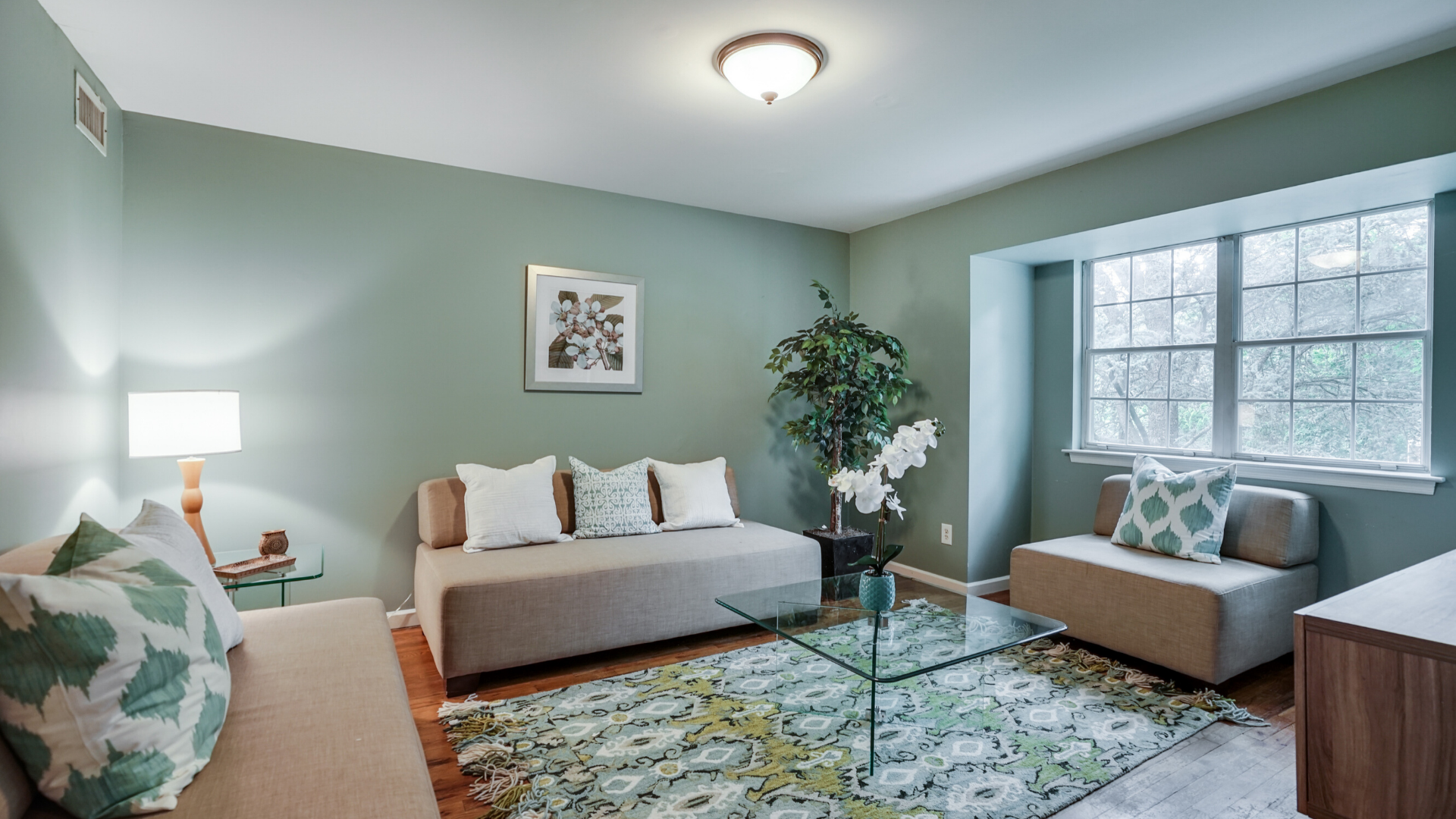 Seabreeze - Family Rm - Vacant Staging