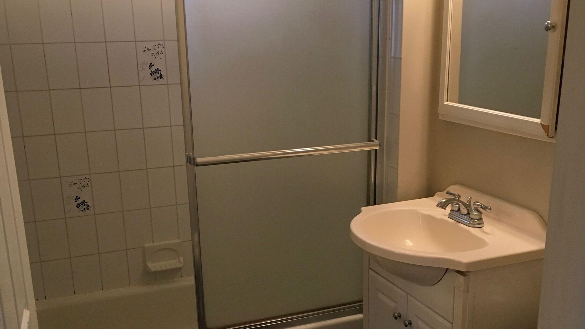 Katherine - Bathroom - Interior Design Renovation